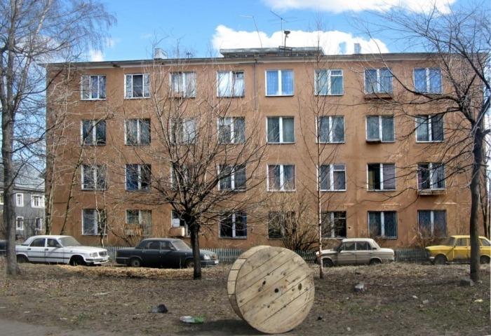 Дом 95 по улице Магнитогорской в Санкт-Петербурге. | Фото: amusingplanet.com.