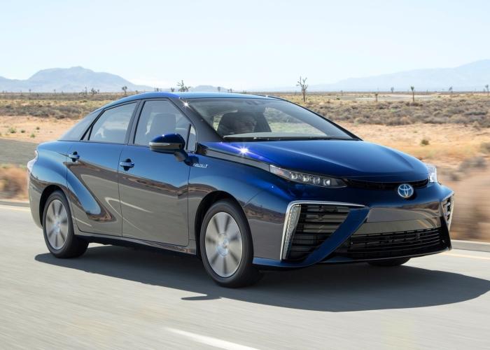 Водородная Toyota Mirai.