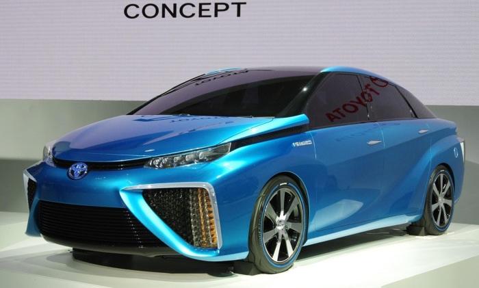 На одной заправке водородом Toyota Mirai может проехать 650 километров. | Фото: teknoblog.ru.