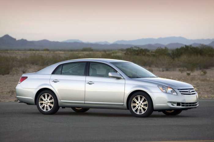 Toyota Avalon – один из лучших автомобилей для дальних поездок.