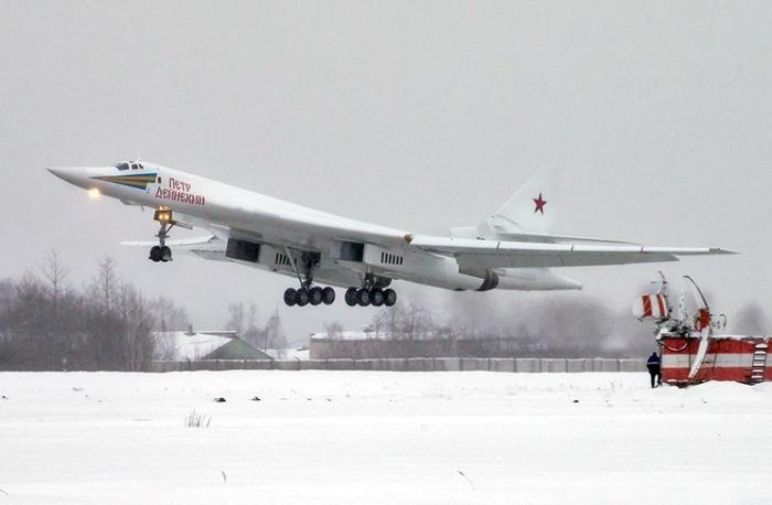 Модернизированный Ту-160М получил собственное имя «Пётр Дейнекин».   Фото: dambiev.livejournal.com.