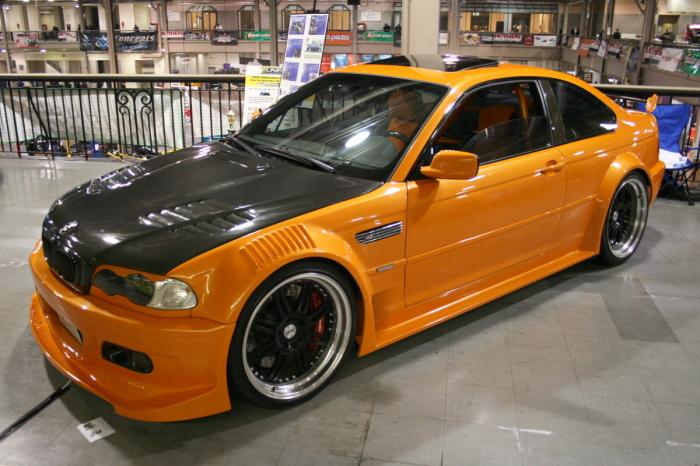 Оранжевый BMW M3. | Фото: madwhips.com.