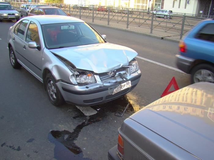 Если сделать хороший ремонт, то последствия такого ДТП будут практически незаметны. | Фото: drive2.ru.