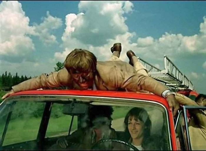 Кадр из кинокомедии «Невероятные приключения итальянцев в России» (1973 год). | Фото: pikabu.ru.