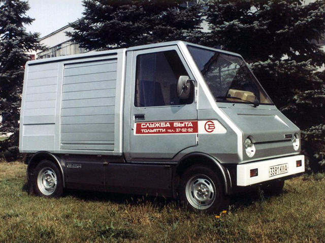 ВАЗ-2702 «Пони» - развозной электромобиль для Службы быта.