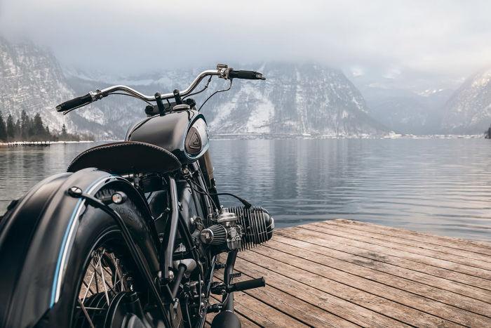 На мотоцикле стоит оппозитный двигатель BMW R75/7.   Фото: beautifullife.info.