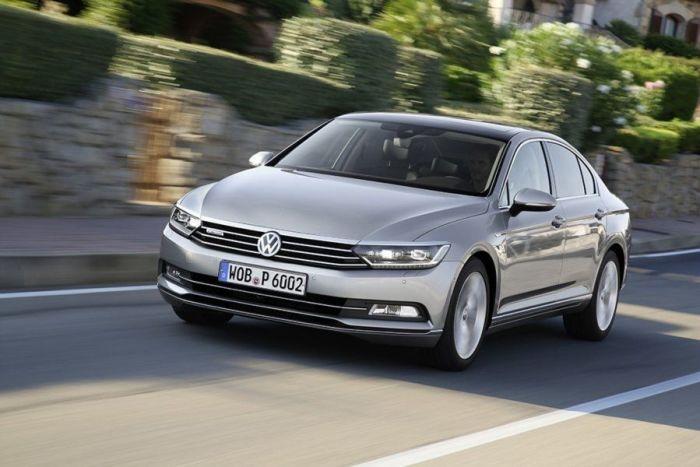 Немецкий семейный седан Volkswagen Passat 2014 года. | Фото: volkswagen-passat.infocar.ua.