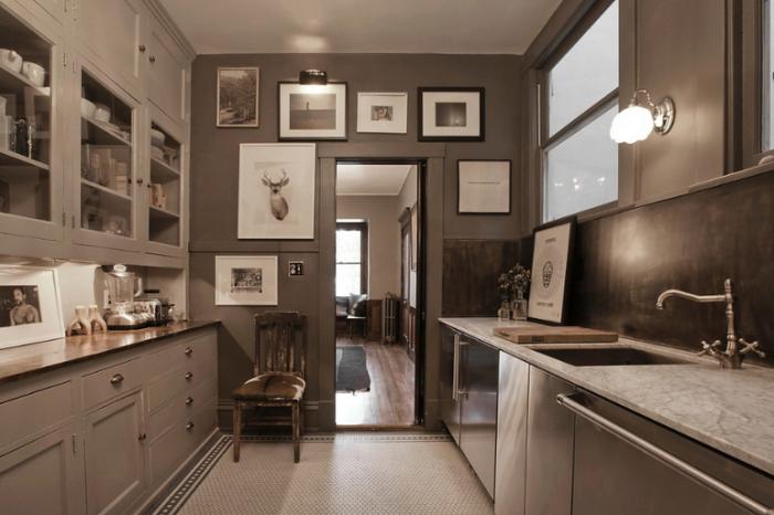 Декор кухонных стен.