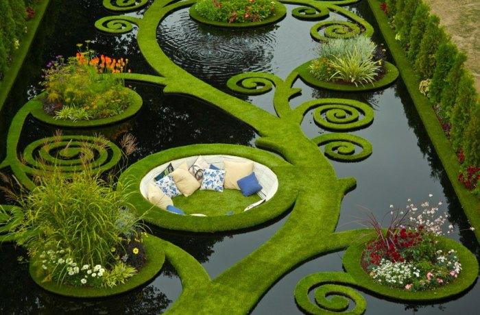Необычный дизайн водоема.