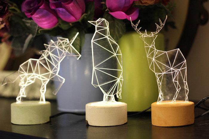 Светильники в виде параметрических моделей животных.