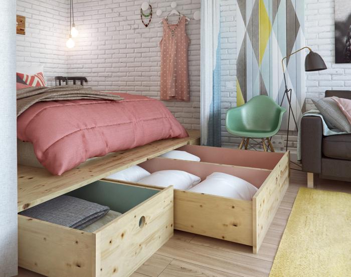 Необычная спальная зона в квартире.