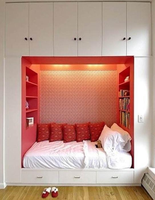 Компактная спальня.