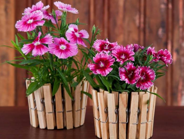 Цветочные горшки своими руками из деревянных прищепок.
