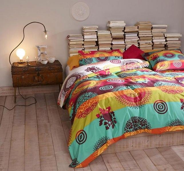 Изголовье кровати своими руками из книг.