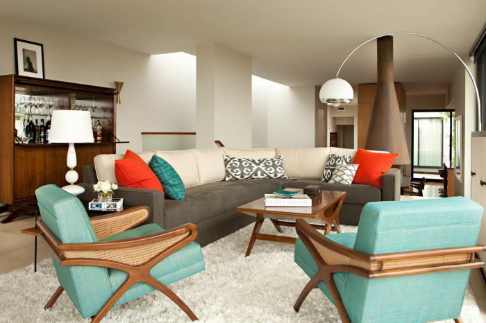 Ретро-стиль в гостиной загородного дома.
