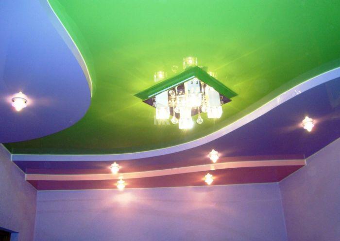 Натяжной потолок сложной формы.