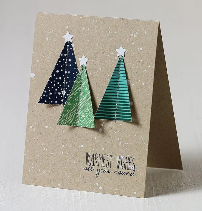 Объемная аппликация на новогодней открытке своими руками.
