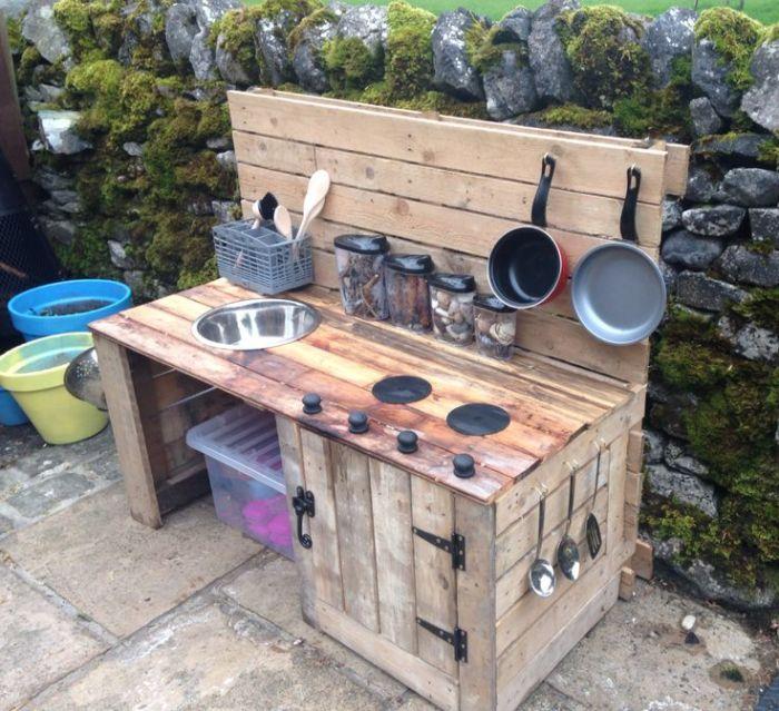 Делаем кухню на даче своими руками 60