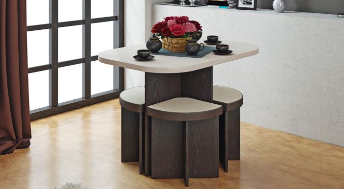 Оригинальный стол для кухни.