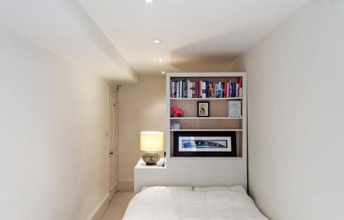 Необычный интерьер спальни.