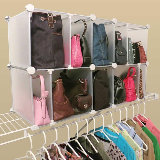 Хорошая идея для хранения сумок.