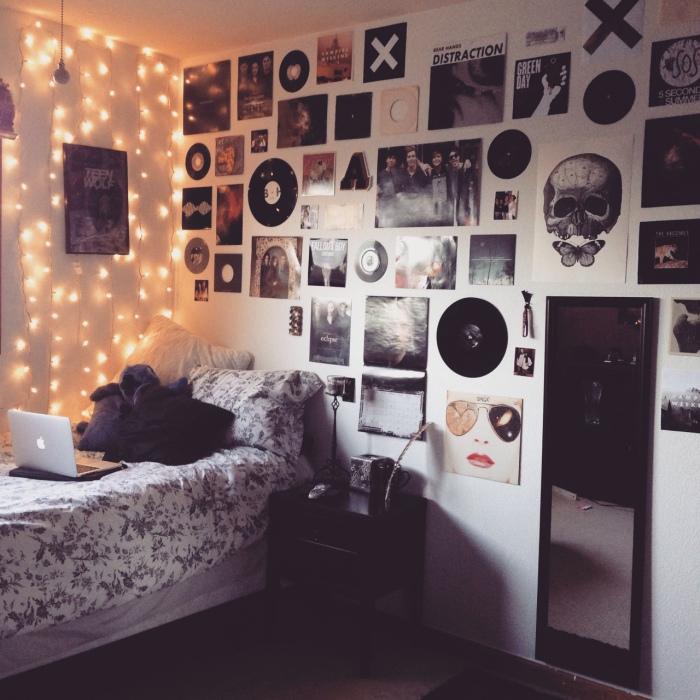 Сделать комнату уютной поможет настенный декор.