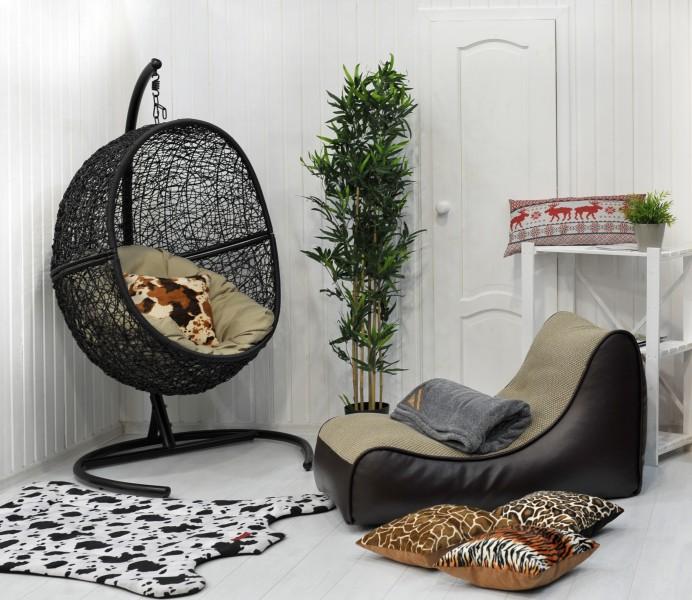 Как сделать комнату уютной? Поможет нестандартная мебель.