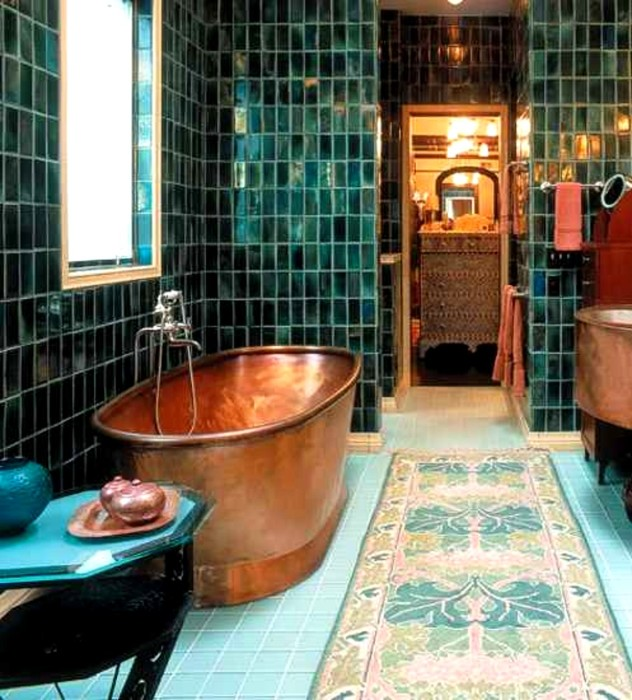 Ванна напоминает о восточных хаммамах.