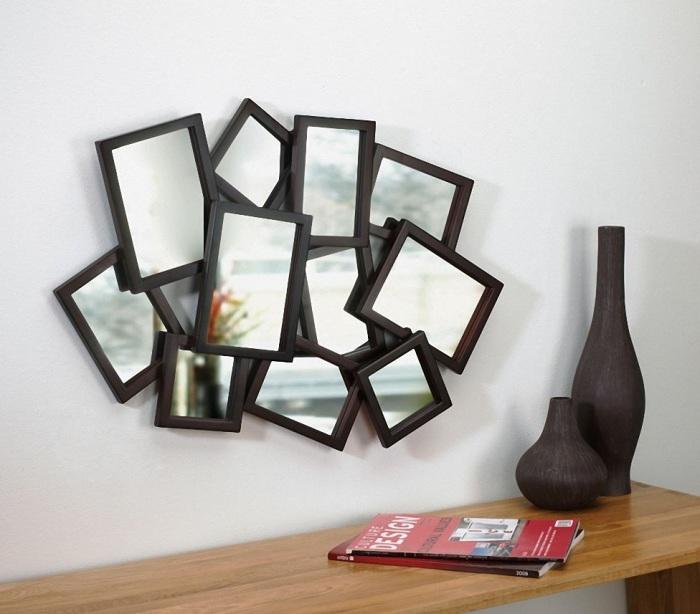 Оригинальный декор из маленьких зеркал.