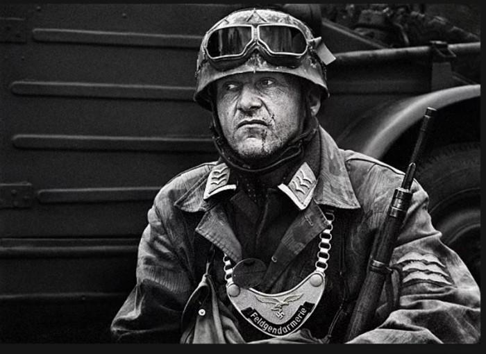 Горжет в Третьем рейхе носили бойцы полицейских отрядов. /Фото: otvaga.net.