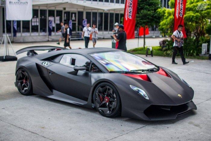 Красивые и стильный Lamborghini Sesto Elemento.