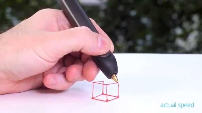 Ручка, яка малює в просторі.