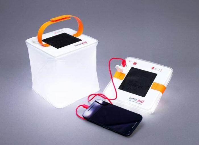 Зарядит смартфон и не только.
