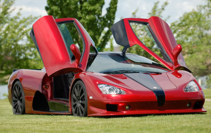 SSC Aero - один из Shelby Super Cars.