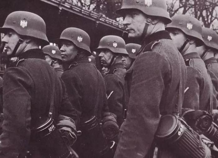 Должен был носить каждый боец рейха. /Фото: militarist.ua.