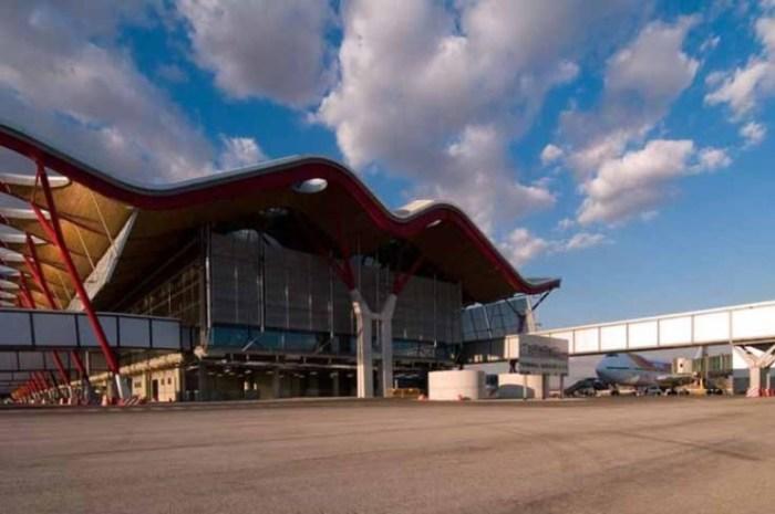 Аэропорт Мадрида выглядит мило.