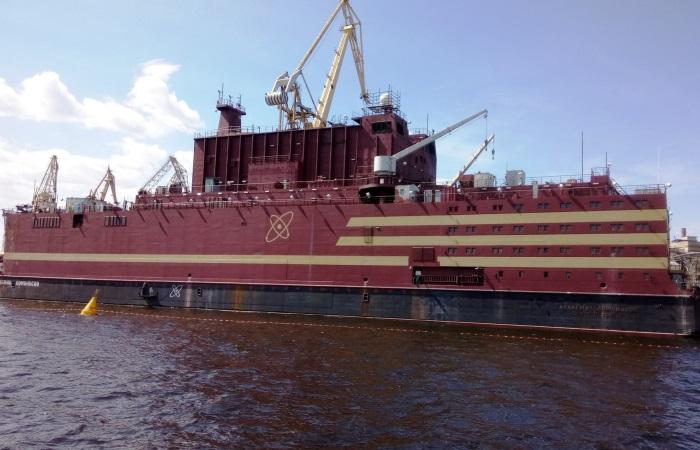 Уникальный корабль Академик Ломоносов.