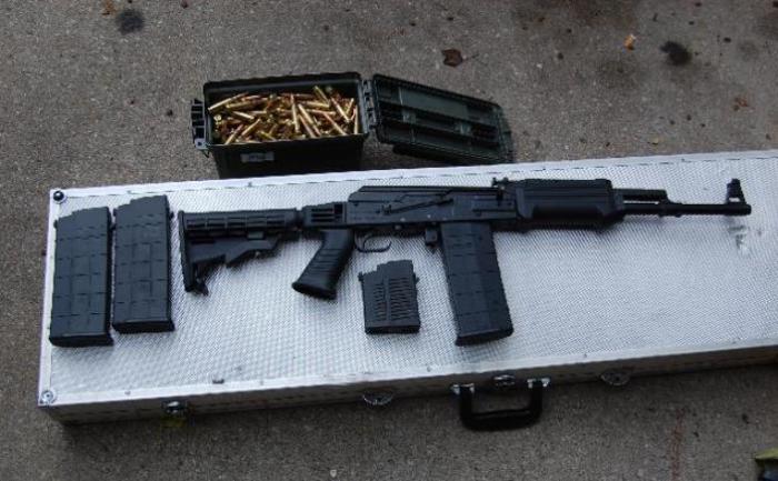 АК-308 - винтовка под натовский патрон.