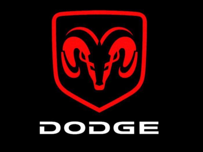 Горный горный баран Dodge.