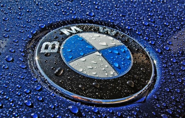Логотипы автомобильных компаний, почему они такие.
