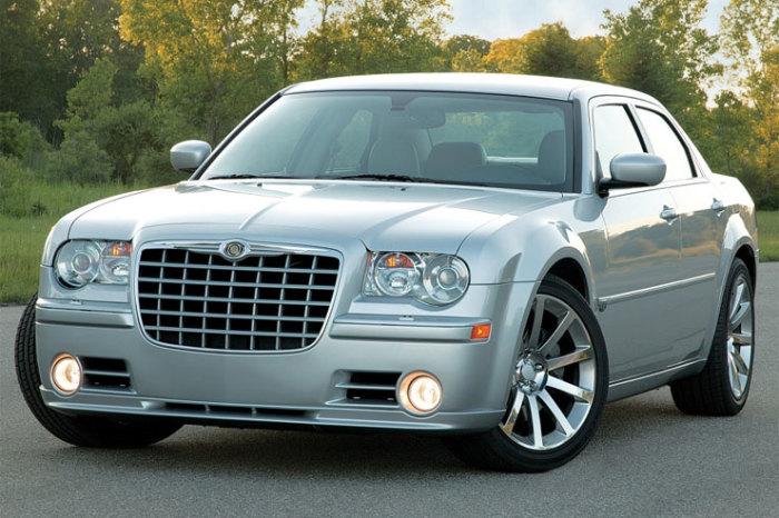 У стильного и добротного Chrysler 300C, могут быть большие проблемы.