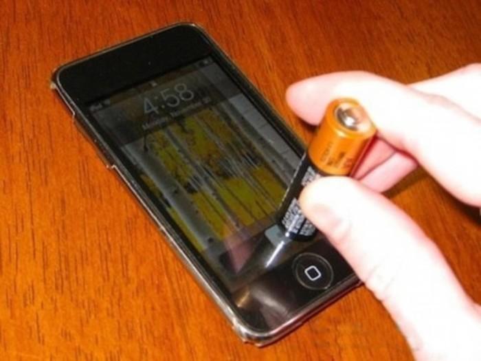 Лучше, чем пальцами. |Фото: youtube.com.