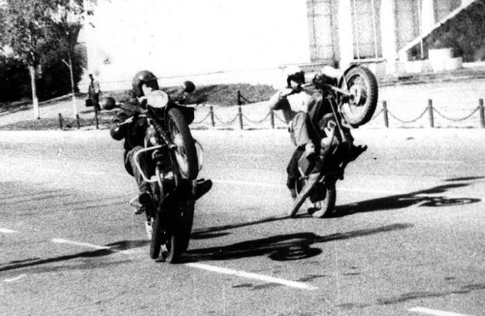 В СССР делали неплохие мотоциклы. /Фото: m.fishki.net.
