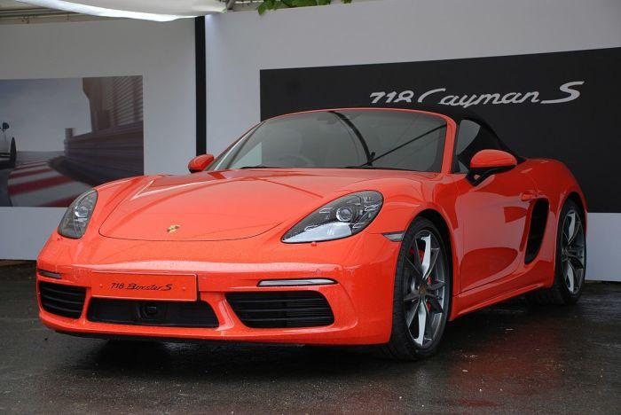 Очень выносливый Porsche Boxster.