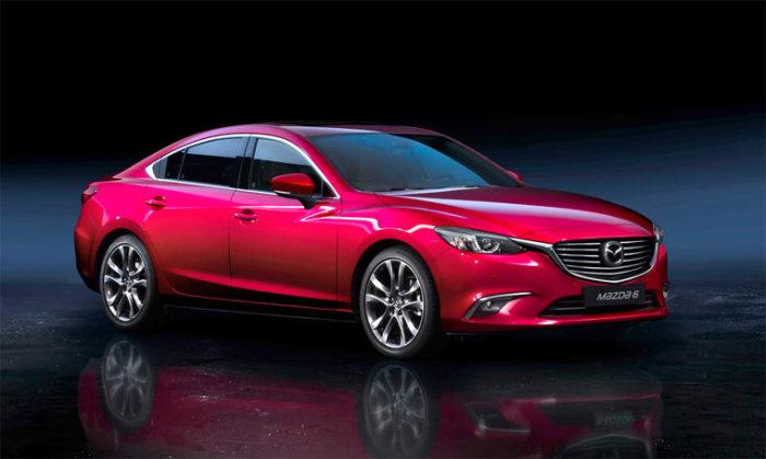 Один из лучших автомобилей того года Mazda 6.