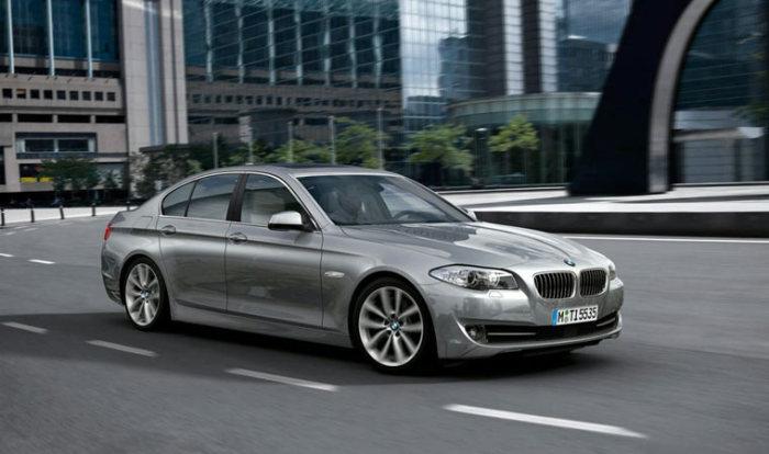Отличный BMW 5-Series (F10).