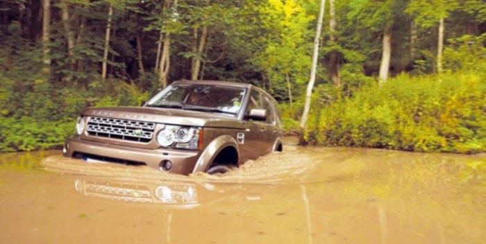 Если надо Land Rover LR4 и проплывет.