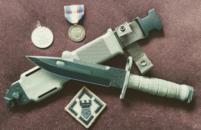 Нож морского пехотинца. /Фото: reibert.info.