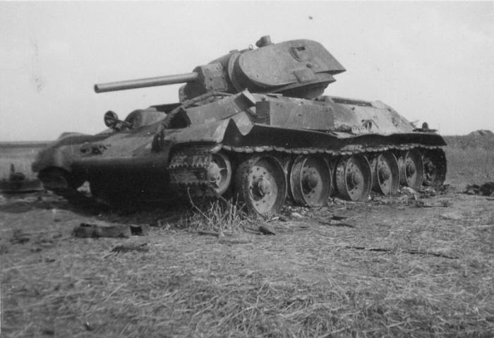 Потери танков росли. /Фото: militaryarms.ru.