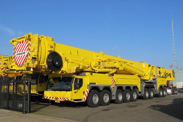 Немецкий LTM 11200-9.1 вдохновил многих других производителей на создание подобного.